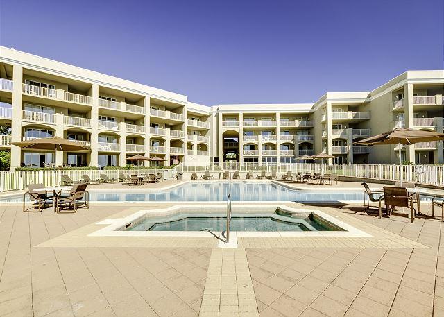 Pool at San Remo